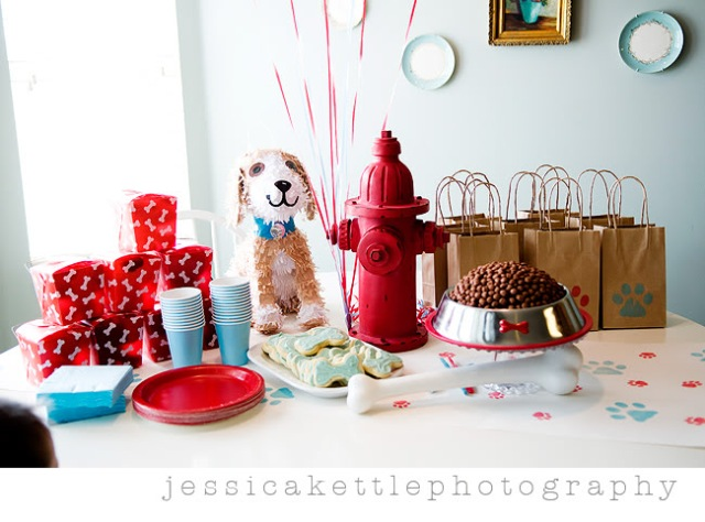 on Kara's Party Ideas ; this party is actually a puppy themed party ...